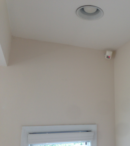 insteon-motion-mounting-bracket
