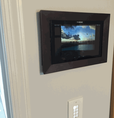 photo-frame-mounted